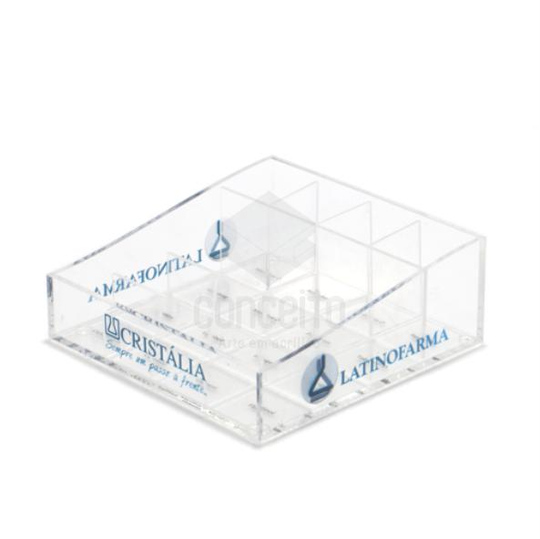 Caixa expositora com divisorias em acrilico